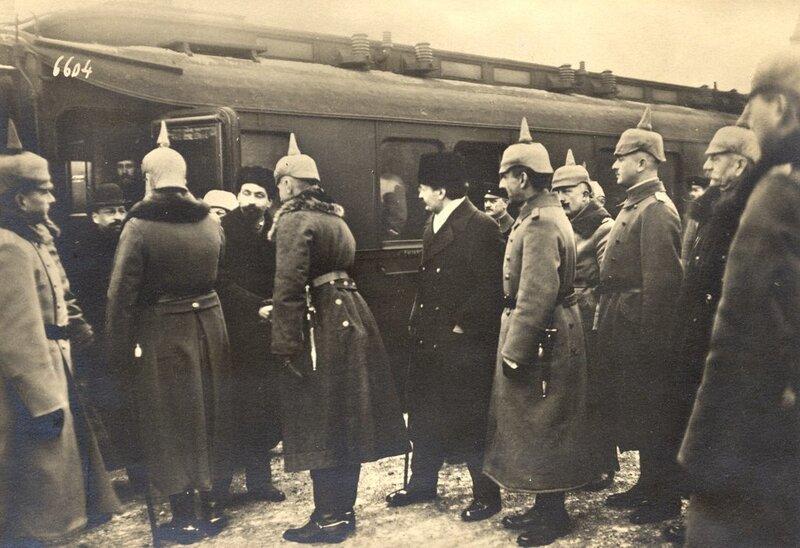 Отъезд русской делегации
